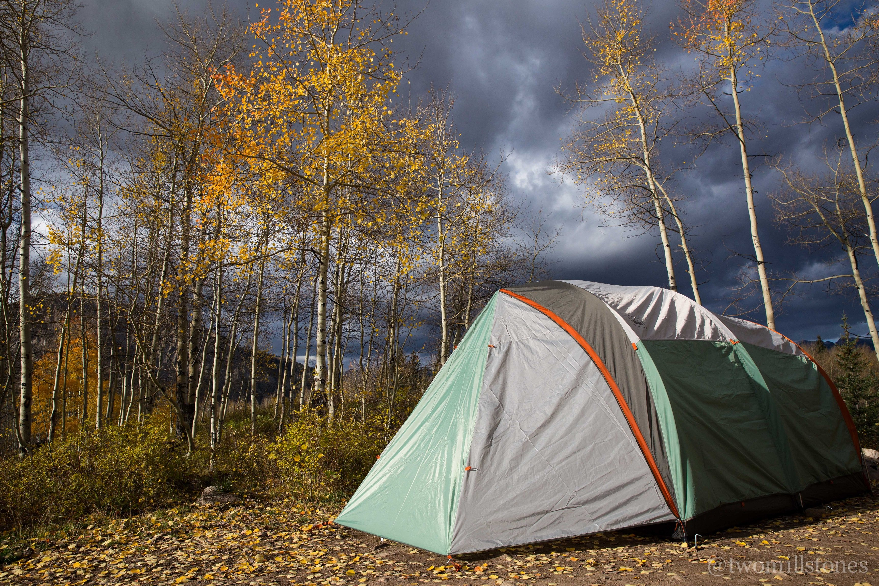 Places to camping near colorado springs colors