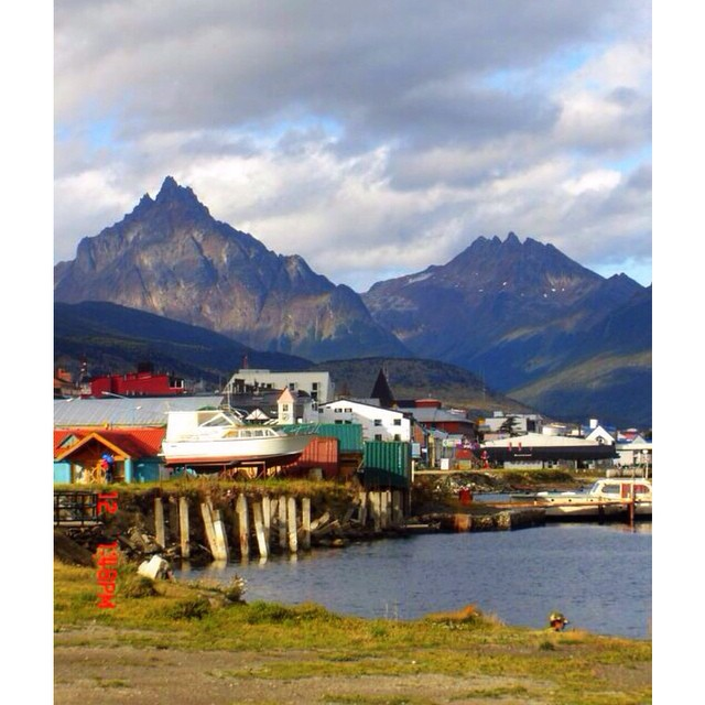 My #tbt for today was snapped in Ushuaia, Argentina {circa 2006}. Down in Tierra del Fuego, it's commonly known as the southern most city in the world...and it felt like it! It took awhile to get there but the adventure was fantastic!