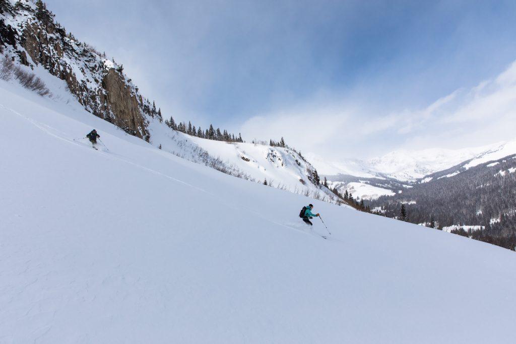 Skiing at Maroon Hut